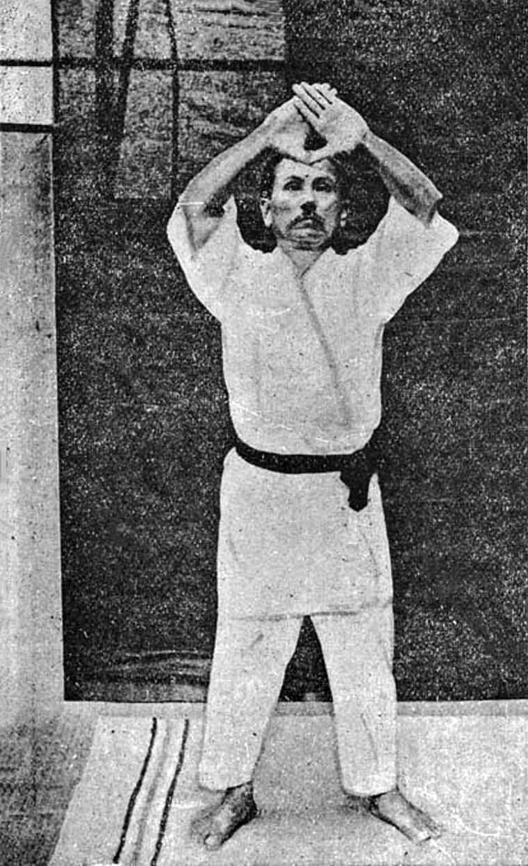 Sensei Gichin Funakoshi - karateschool ki club.cool voor traditioneel Shotokan karate-do te Amsterdam en Monnickendam